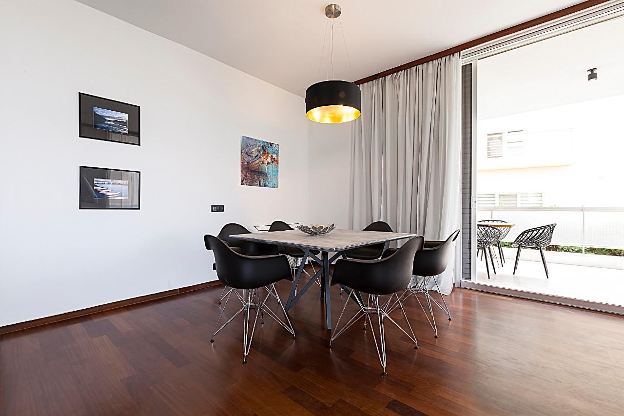 Zen apartment for rent - Voula, Athens riviera